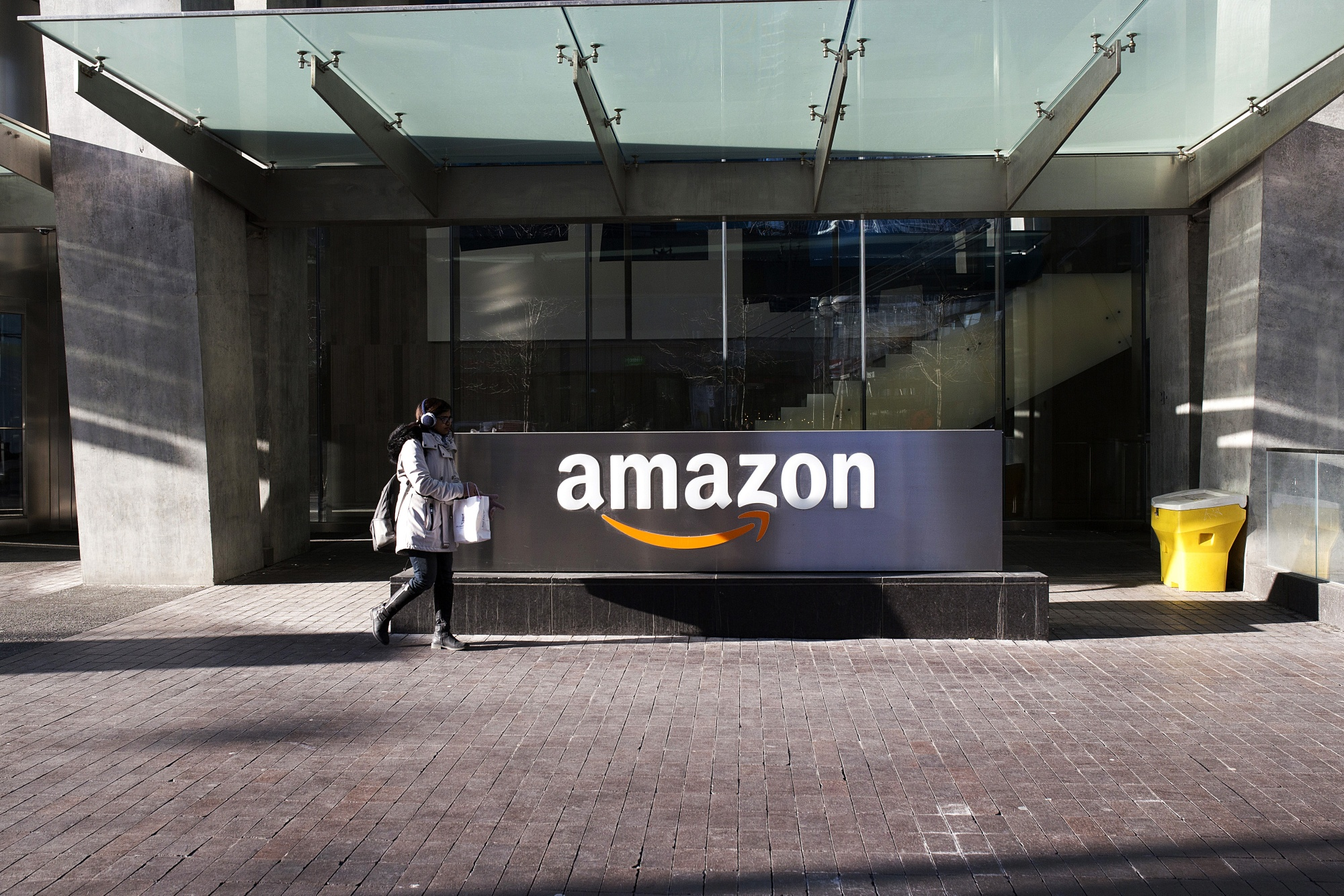 Canada probes Amazon over 'potential abuse of dominance'