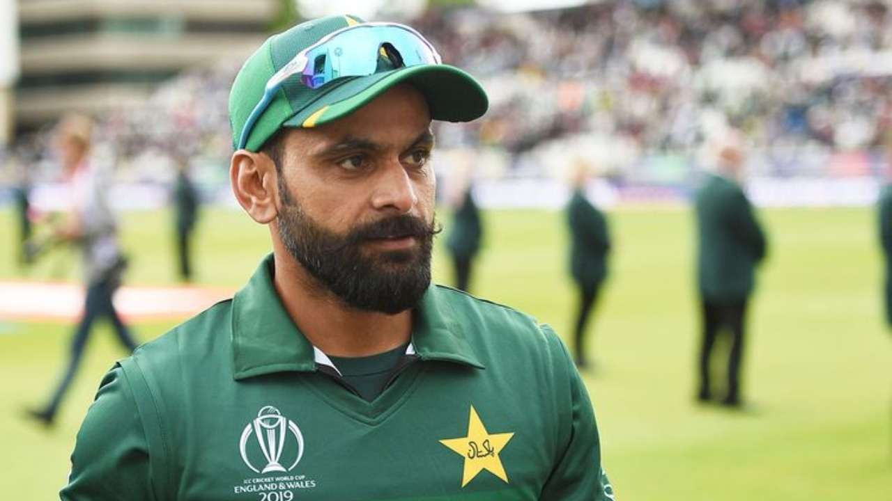 Hafeez tests negative for COVID-19, joins Pak cricket squad