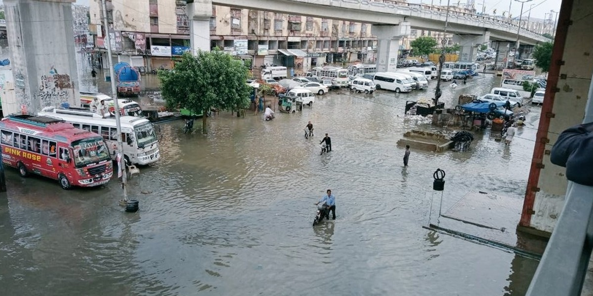 Two killed as fourth spell of monsoon rains inundates Karachi streets