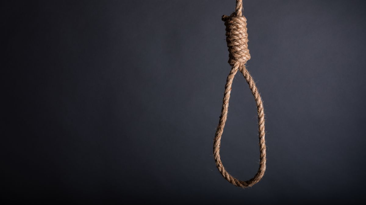 ATC sentences Karachi cop to death for staging fake encounter