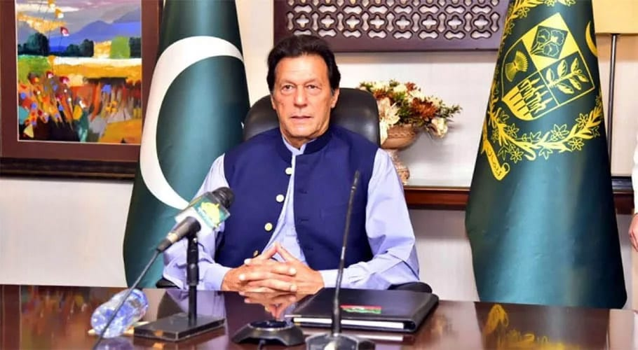 PM Imran takes live telephone calls, answers public queries