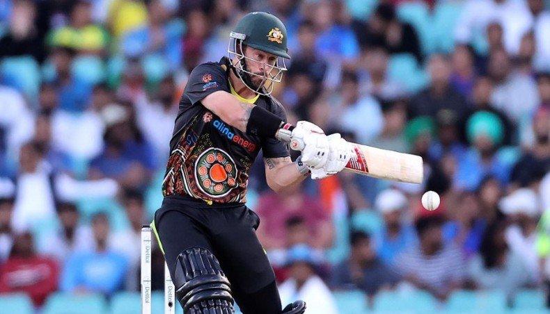 Australia fight off blazing Kohli to win final T20 match