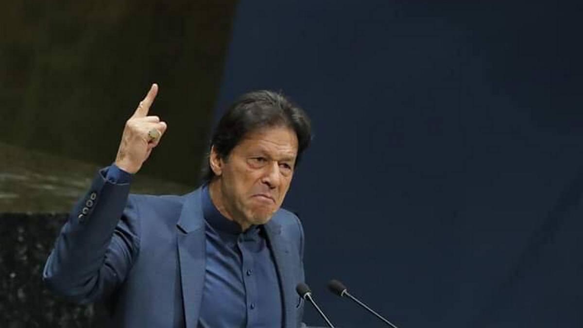 PM Imran Khan says Arnab Goswami's WhatsApp chat revealed 'dirty nexus'