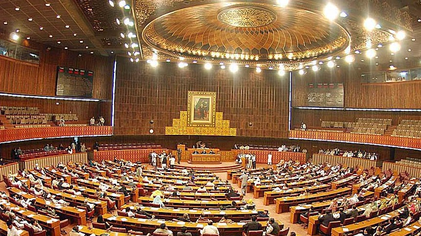 PTI MPAs attack disgruntled party members in Sindh Assembly