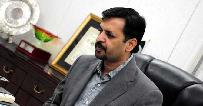 Govt will listen to MQM-P if it tenders resignations: Mustafa Kamal
