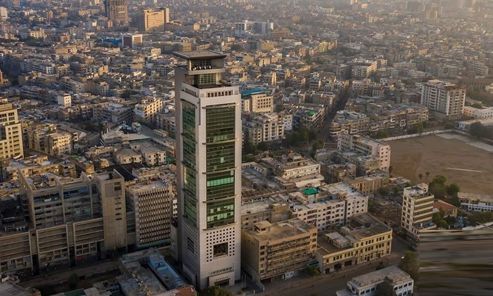 Karachi ranks as second most polluted city in the world today