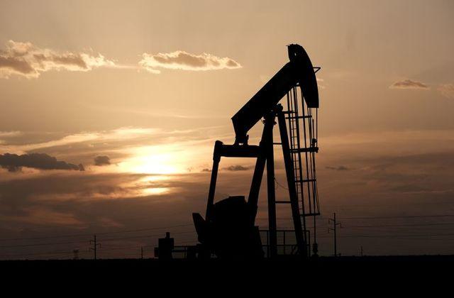 Oil steadies but Europe pandemic outlook knocks demand hopes
