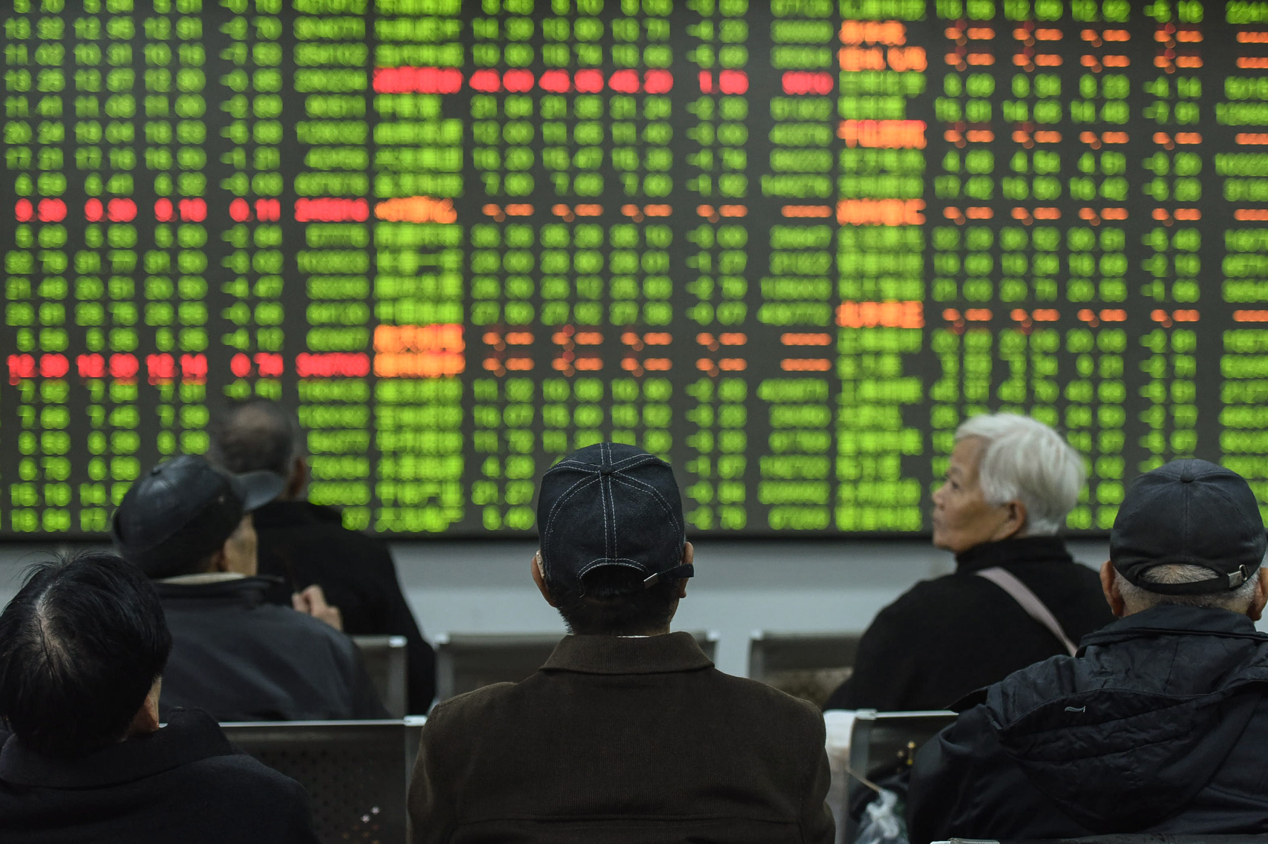 Asia pares losses on bargain-buying but inflation fears remain