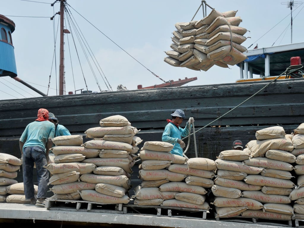 Cement dispatches surge by 22.77pc during month of August