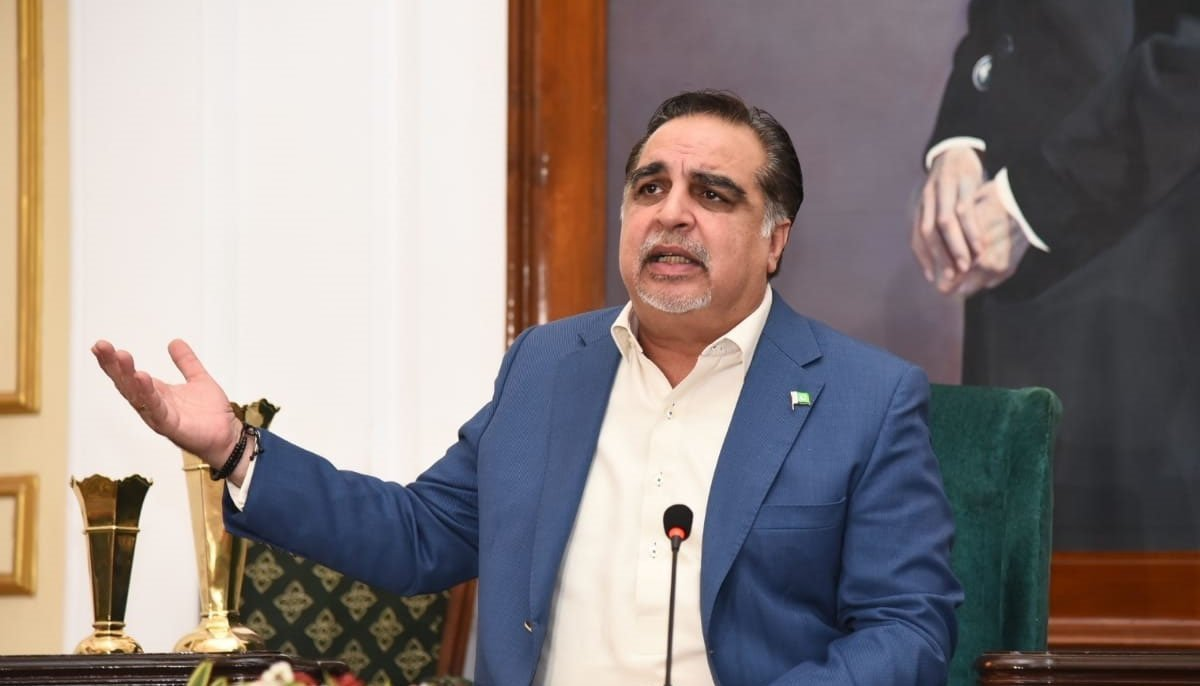Governor Ismail wants PM Khan to immediately remove Sindh IG