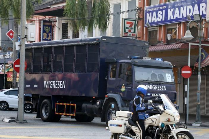 Kuala Lumpur, Malaysia: A Malaysian court has granted the temporary suspension of the deportation of 1,200 Myanmar nationals and is scheduled to return them to their war-torn homes on Tuesday. Human rights groups have previously requested that deportation may endanger their lives.