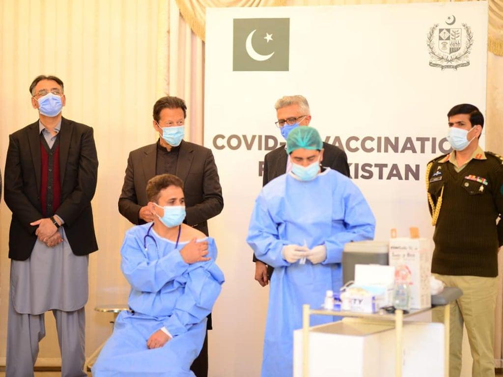 PM Imran Khan kicks off coronavirus vaccination drive in Pakistan