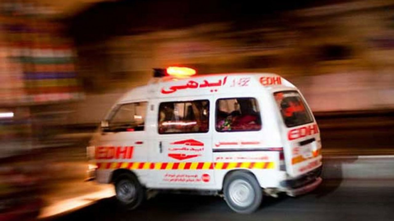 Road mishap claims two lives in Kasur
