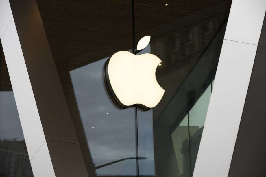 Apple to delay launch of podcast subscription service until June