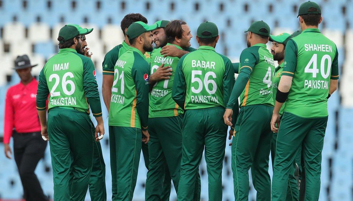 Pakistan trounce South Africa to win ODI series 2-1