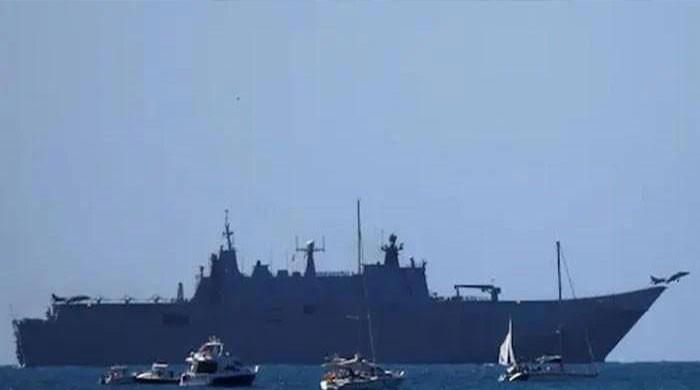 Pak Navy's bold operations at sea to rescue stranded Pakistani sea farers