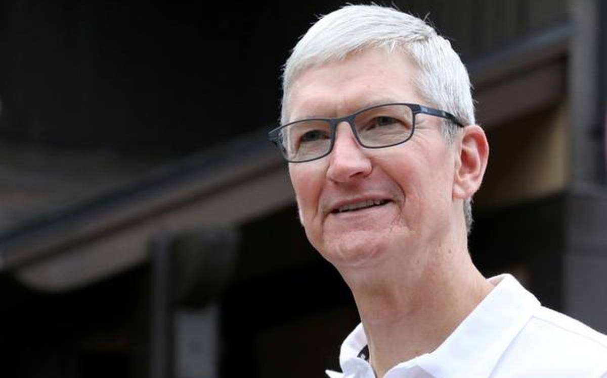 Embattled Apple unveils new iPhone