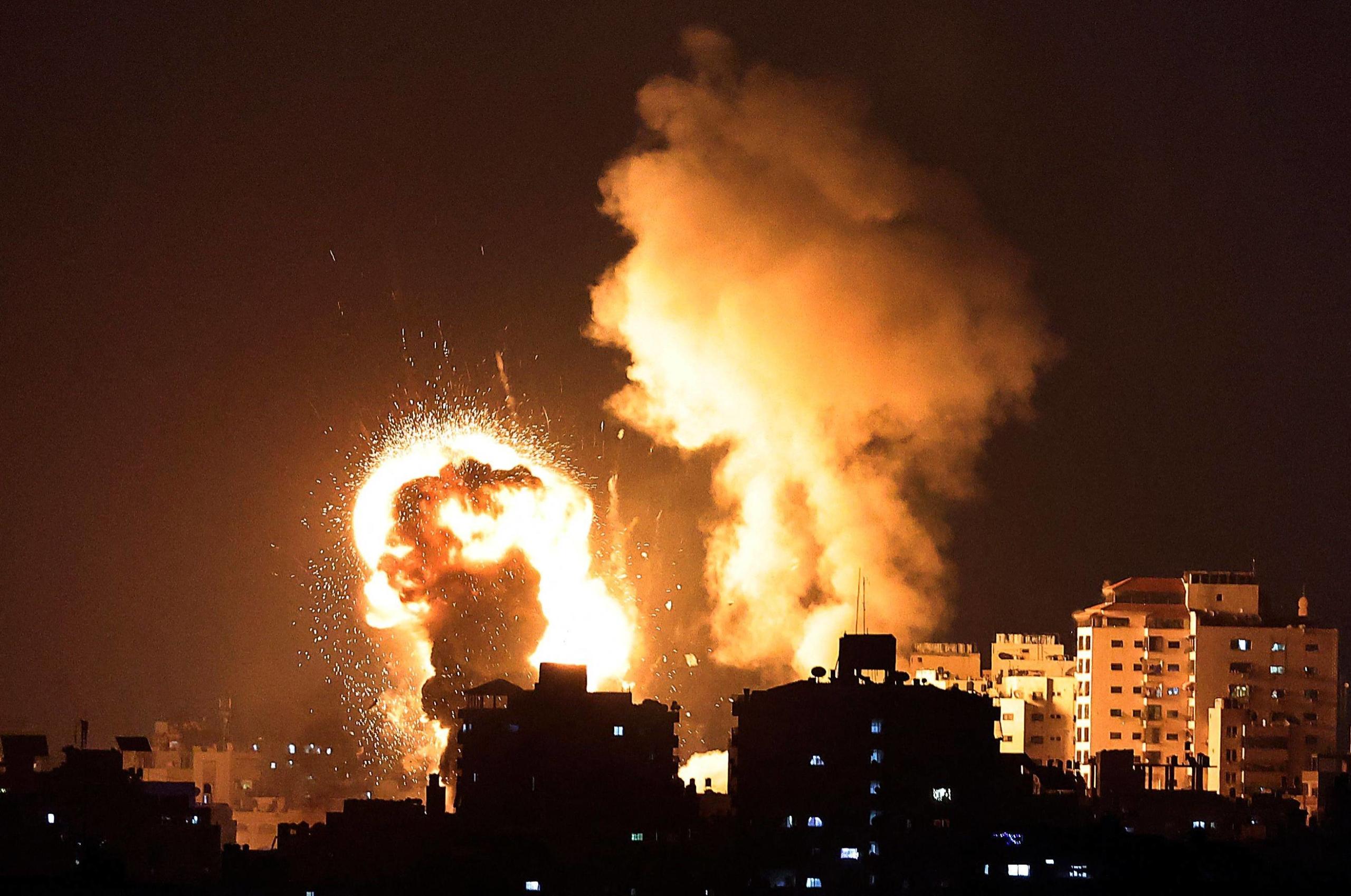 Twenty martyred as Israel strikes Gaza after Hamas rocket barrage