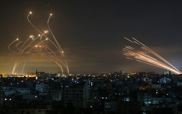 Israel strikes Hamas sites in Gaza over fire balloons, challenging May truce