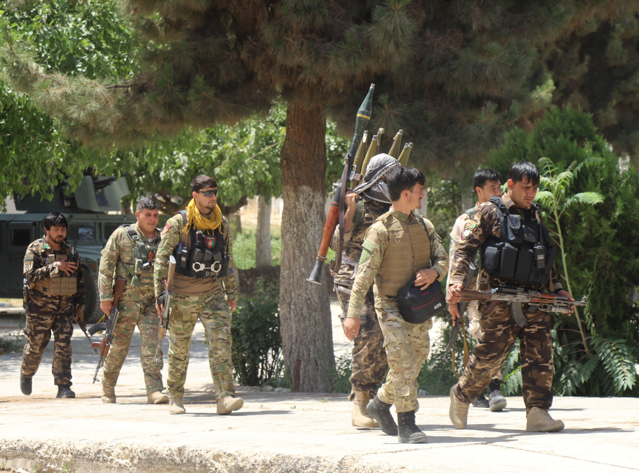 Afghan forces vow to retake districts lost to Taliban