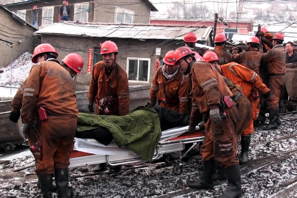 Accidents at Chinese coal mines leave two dead, 12 missing