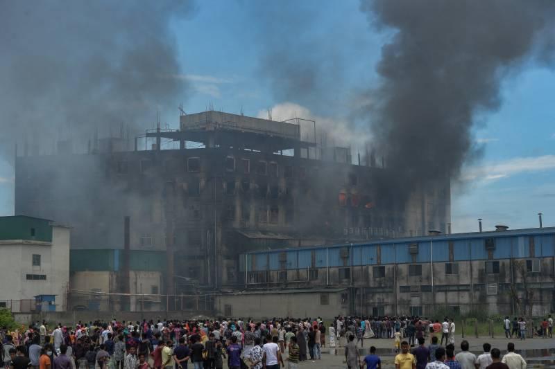 Bangladesh factory inferno fire kills 52